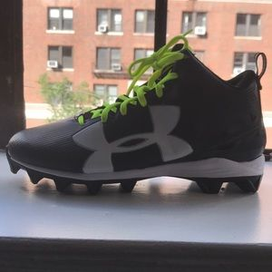 Under Armour Black Football Cleats